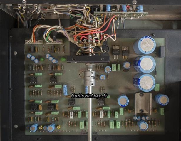 McIntosh C29 : circuit principal et circuit d'entrée à revoir.