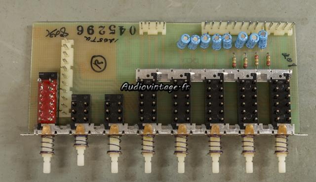 """McIntosh C29 : circuit """"push button"""" à revoir."""