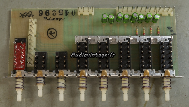 """McIntosh C29 : circuit """"push button"""" révisé."""