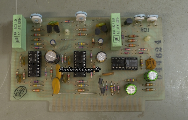 McIntosh MC2205 : circuit vumètres révisé.