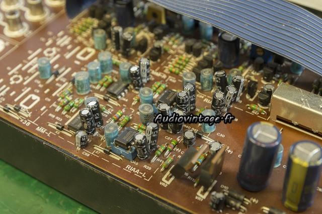 Mission Cyrus one : condensateurs chimiques à remplacer.