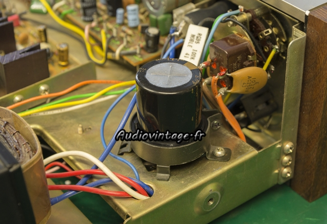 Pioneer SA-500A : capa filtrage neuve en place.