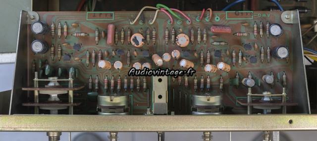 Pioneer SA-8500 II : étage de tonalité à réviser.