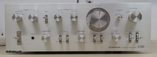 Pioneer SA-8500 II : pleins de trucs à tourner ou a appuyer dessus :)