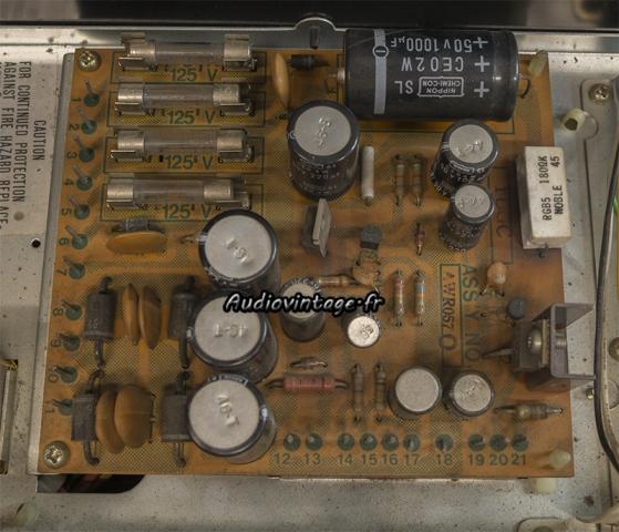 Pioneer SX-737 : alimentation à réviser.