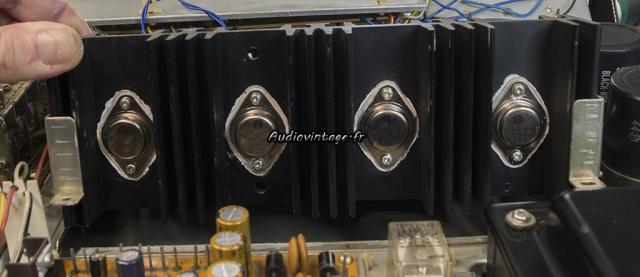 Pioneer SX-737 : transistors de puissances neufs.