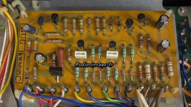 Pioneer SX-737 : circuit de protection révisé.