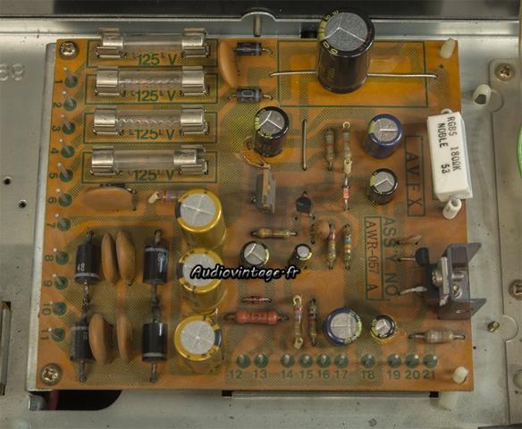Pioneer SX-737  : alimentation révisée.