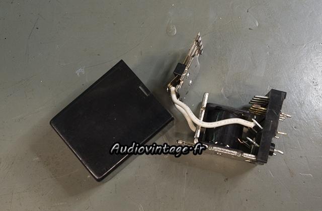 Pioneer SA-608 : nettoyage de relais.