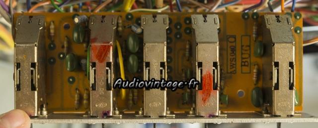 Pioneer SA-9100 : condensateurs  à remplacer.