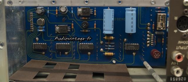 Quad 44 : condensateurs à remplacer.