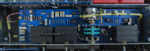 Quad 44 : condensateurs remplacés.