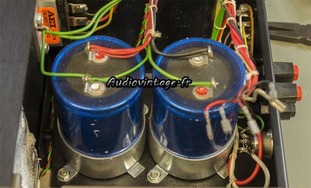 Quad 405-2 :: condensateurs à remplacer.