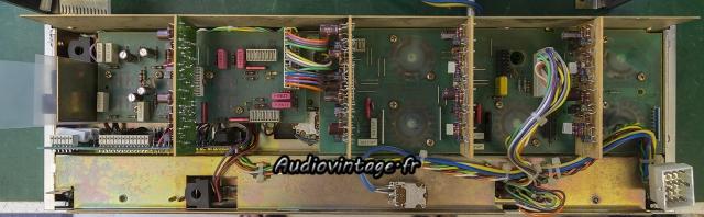 Revox B750 MKII : panneau avant révisé.