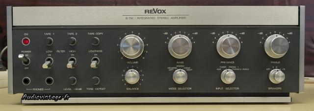 Revox B750 : design Revox par excellence.