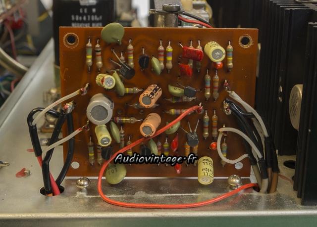 Rotel RA-810 :  étage phono à revoir.