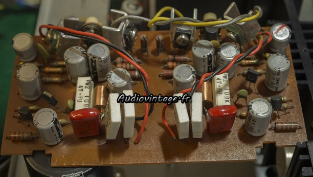Rotel RA-810 : circuit driver à réviser.