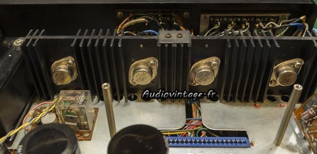 Rotel RA-810 : transistors de puissance remontés.