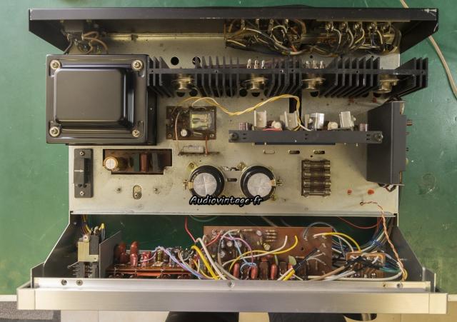 Rotel RA-810