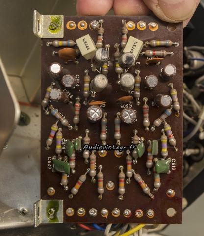 Sansui 2000 : circuit phono révisé.