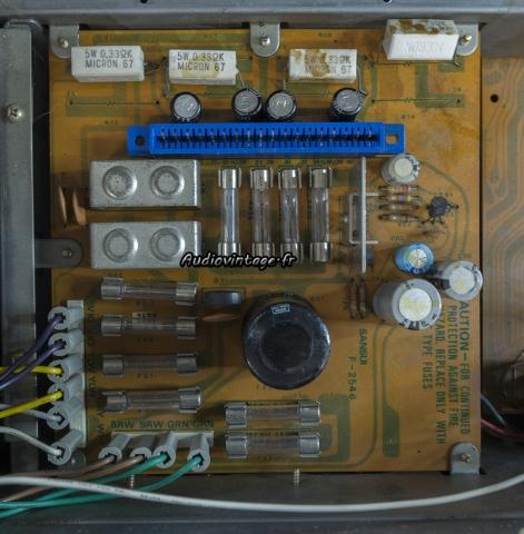 Sansui 8080 : alimentation à réviser.