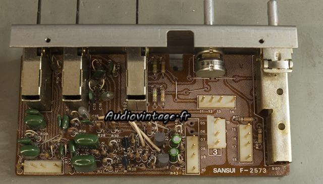 Sansui AU-11000A : circuit filtres révisé.