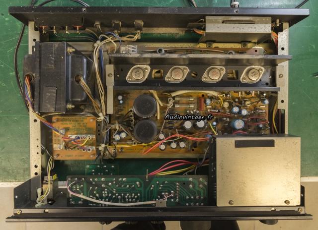 Sansui AU-217