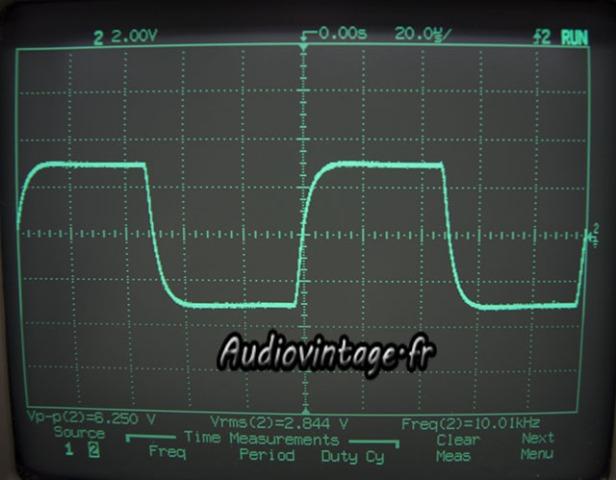 sansui AU-555A-signal carré-10khz.