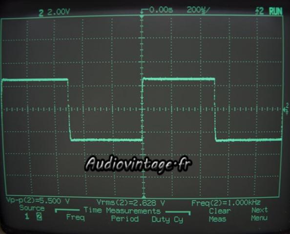 sansui AU-555A-signal carré-1khz;