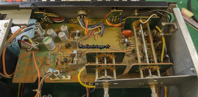 Sansui AU-5900 : alimentation et phono à revoir.