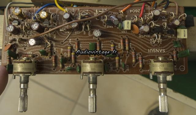 Sansui AU-5900 : circuit de tonalité révisé.
