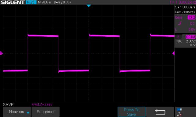 Sansui AU-5900 : signal-carré-à-1khz