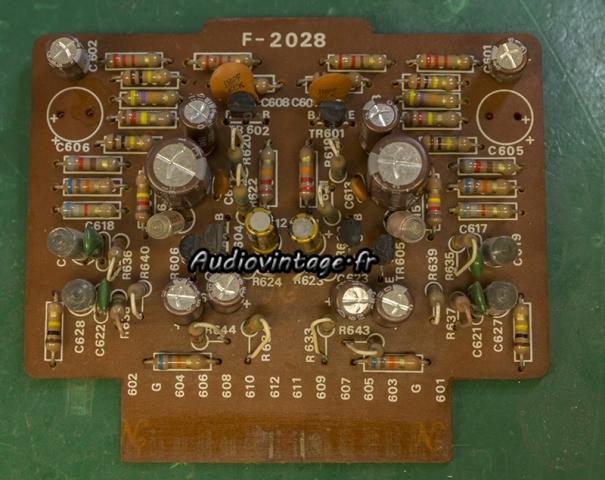 Sansui AU-7500 : étage phono revu.