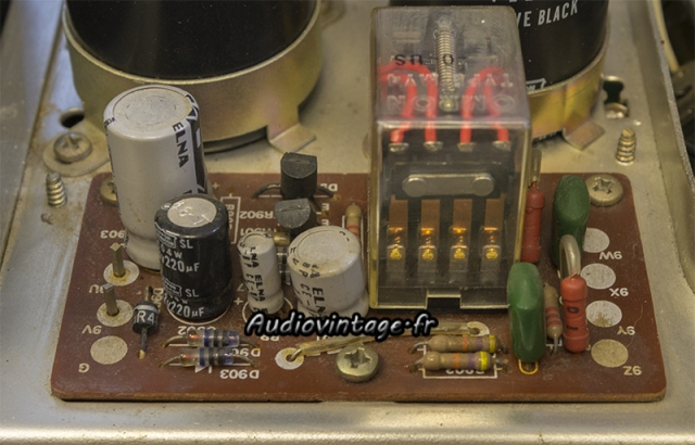 Sansui AU-7500 : circuit muting/protection à revoir