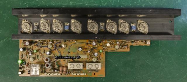 Sansui AU-7700
