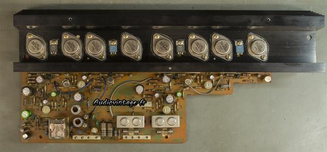 Sansui AU-7700 : circuit principal révisé.