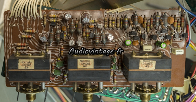 Sansui AU-7700 : circuit tonalité révisé.