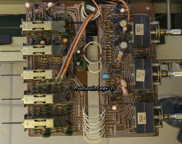 Sansui AU-7900 : circuit filtre et tonalité à réviser.