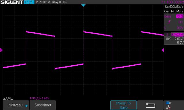 Sansui AU-7900 : signal-carré-à-100hz