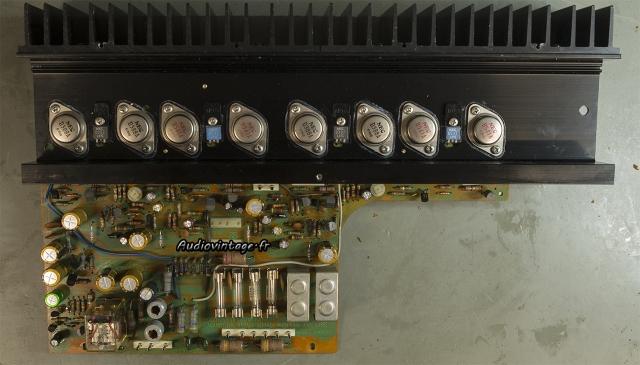 Sansui AU-7900 : circuit principal réparé et révisé.