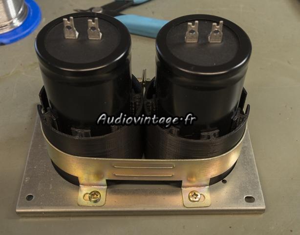 Sansui AU-7900 : nouveaux condensateurs prêts.