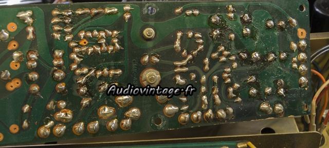 Sansui AU-9500 : pas très propre...