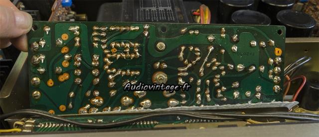 Sansui AU-9500 : en cours de nettoyage.