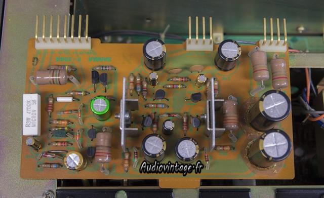 Sansui AU-9900-alim regulee-revisee-audiovintage