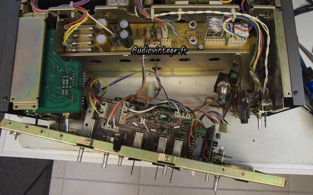 Sansui AU-9900-demontage-audiovintage