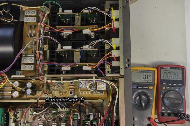 Sansui AU-9900-offset-audiovintage