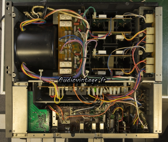 Sansui AU-9900A