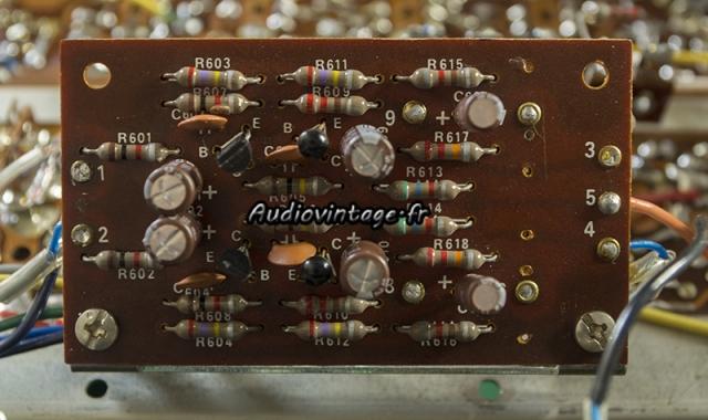 Sansui TU-777 : circuit audio révisé.
