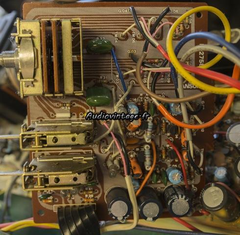 Sansui AU-217 : circuit phono à revoir.