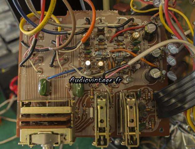 Sansui AU-217 : circuit phono revu.